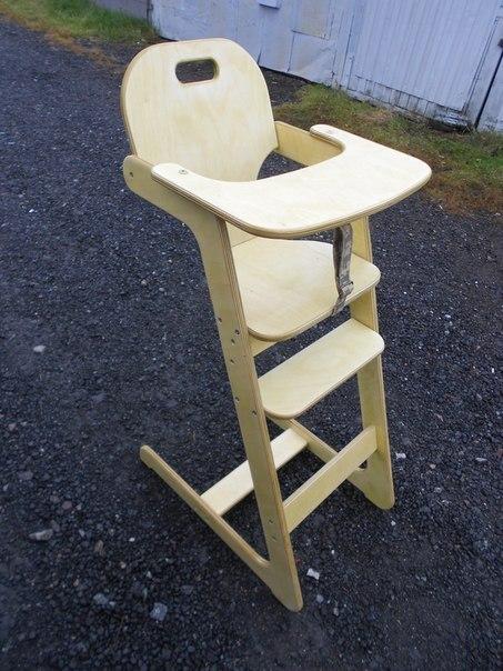 Готовый простой стульчик для кормления ребенка