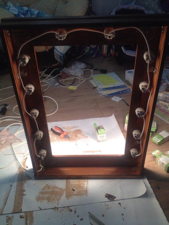 Зеркало с лампочками своими руками 35