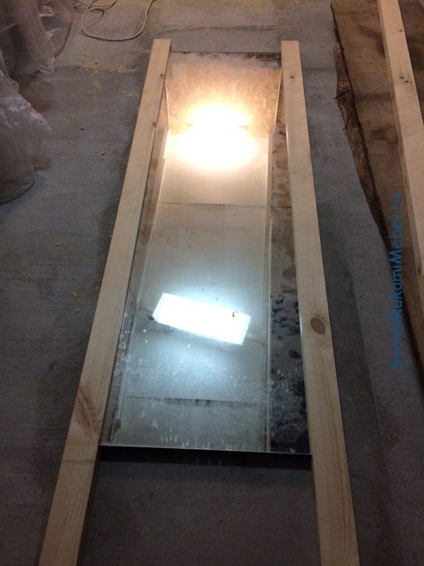 Примерка длинных деталей рамы навесного зеркала